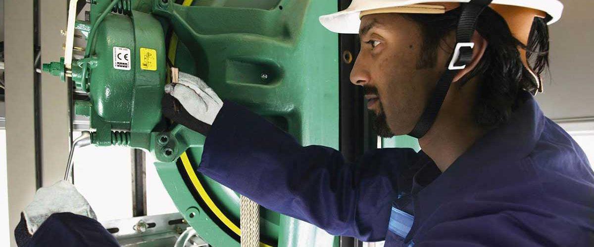 آموزش-چگونگی-تعمیر-موتور-آسانسور