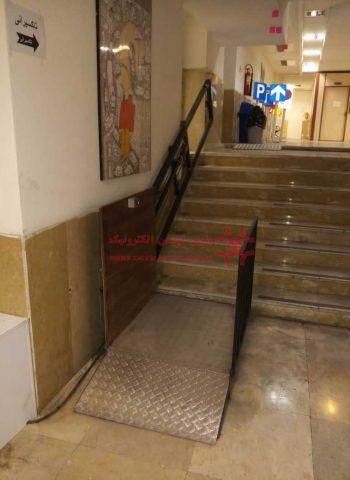 پله-پیمای-هیدرولیک-(2)